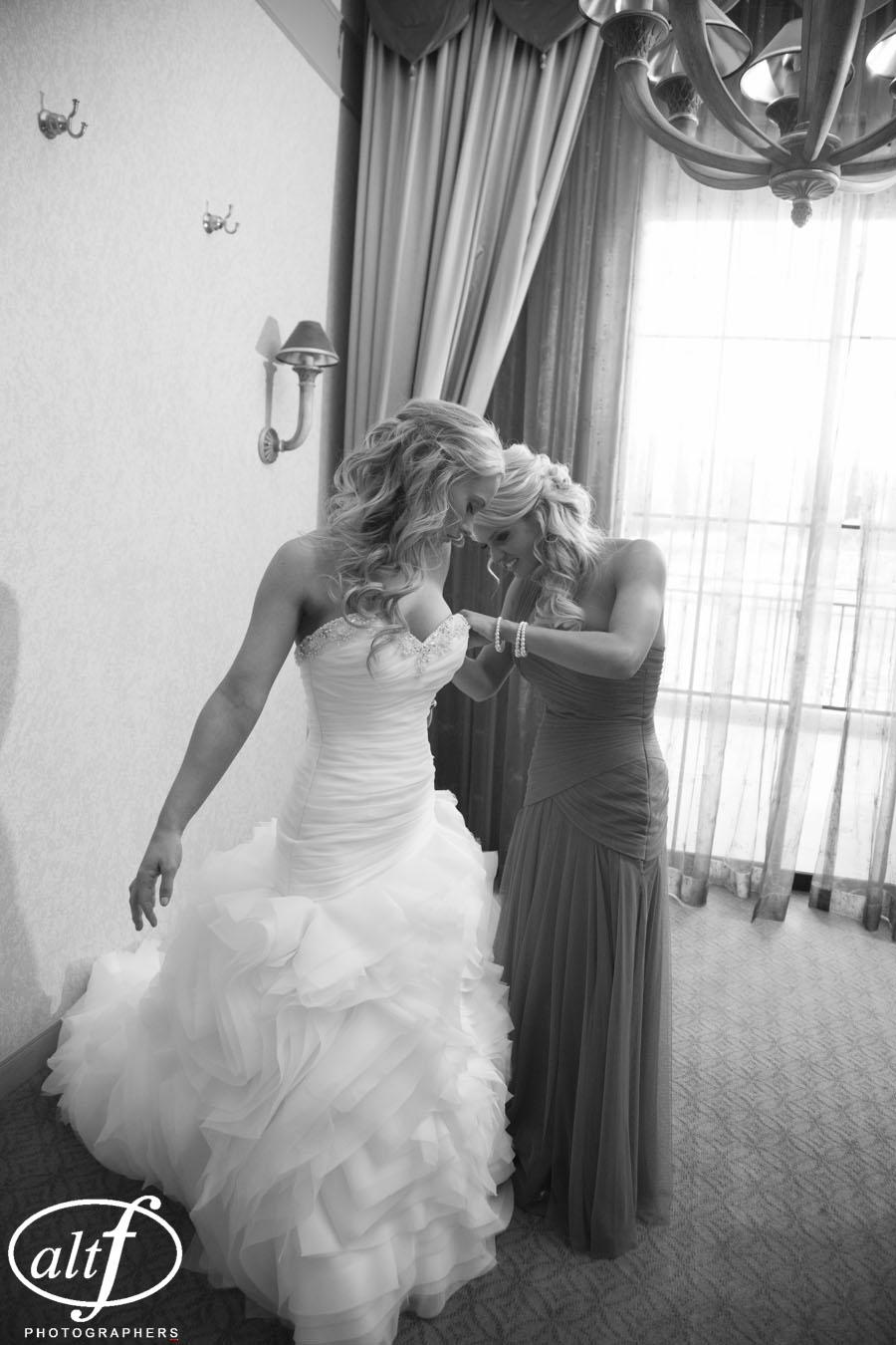 elegant wedding dress las vegas