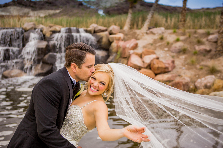 bride and groom Hilton Lake Las Vegas